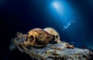 The Elongated Skulls of the Yucatan underwater cave, Sac Uayum