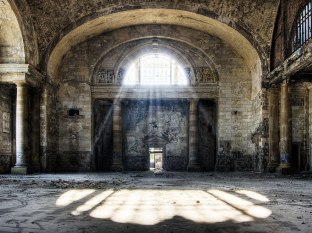 Michigan Central Station in Detroit, USA 2