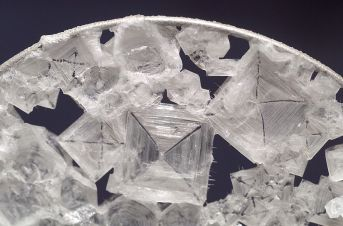 Salt - Table Salt under a Microscope