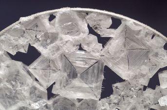 Salt - Table Salt under a Microscope